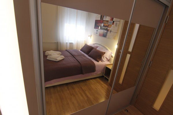 Mirror Bedroom New Belgrade Apartment ORION