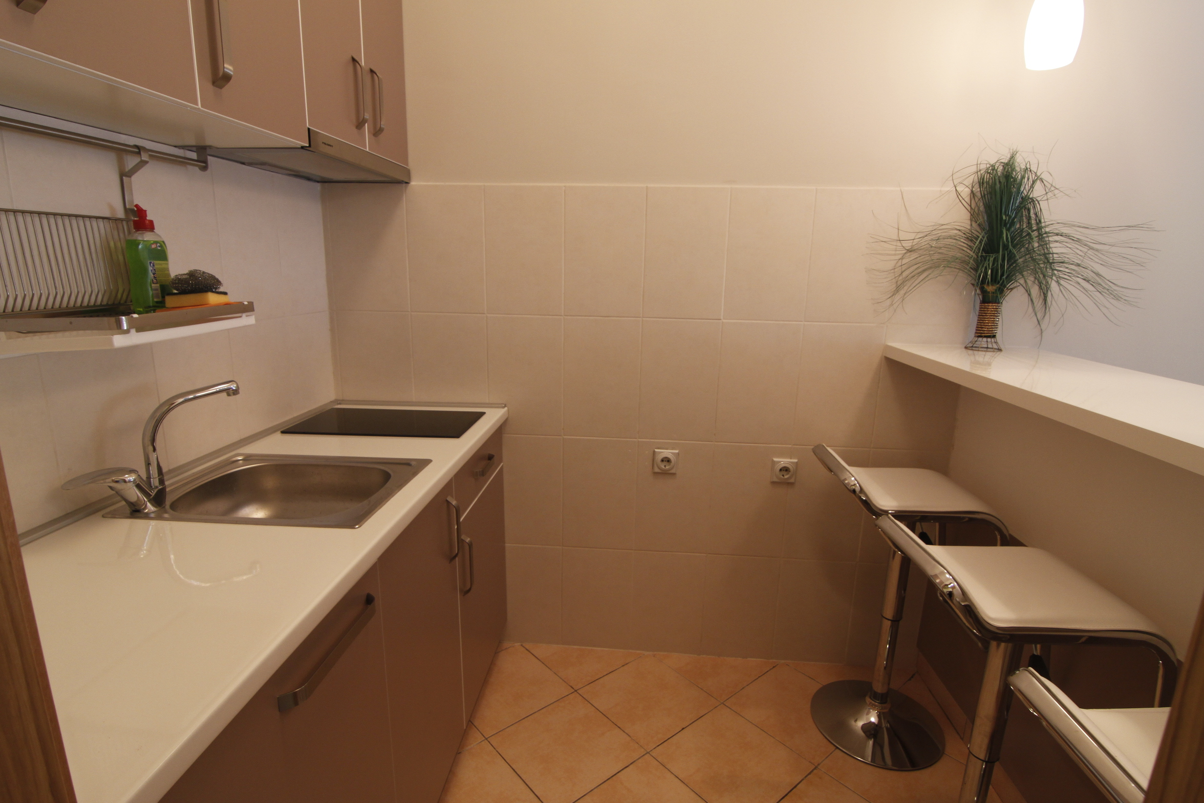 Kuhinja i Šank Apartman Orion Novi beograd