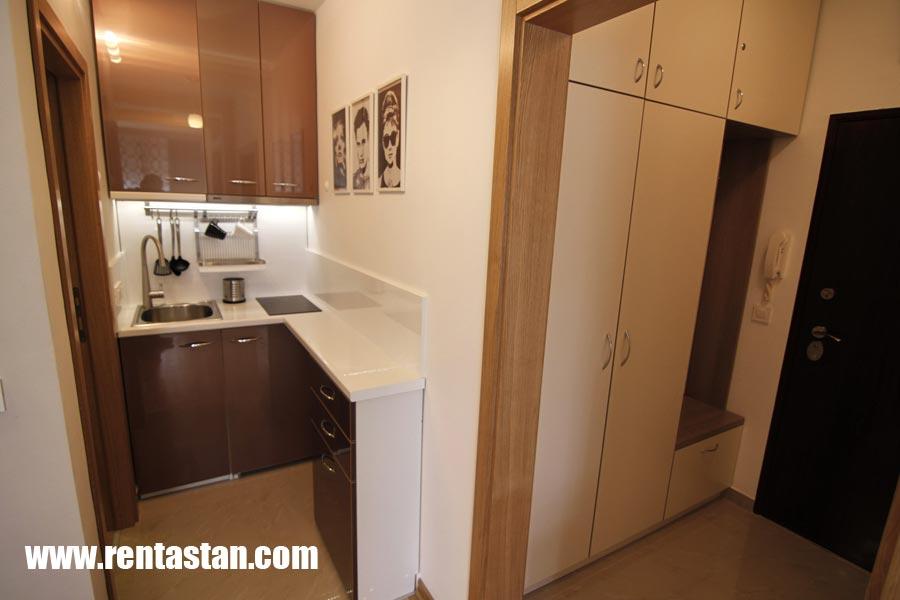 11-kuhinja-hodnik-OAZA-apartman-Beograd-Belgrade-apartments