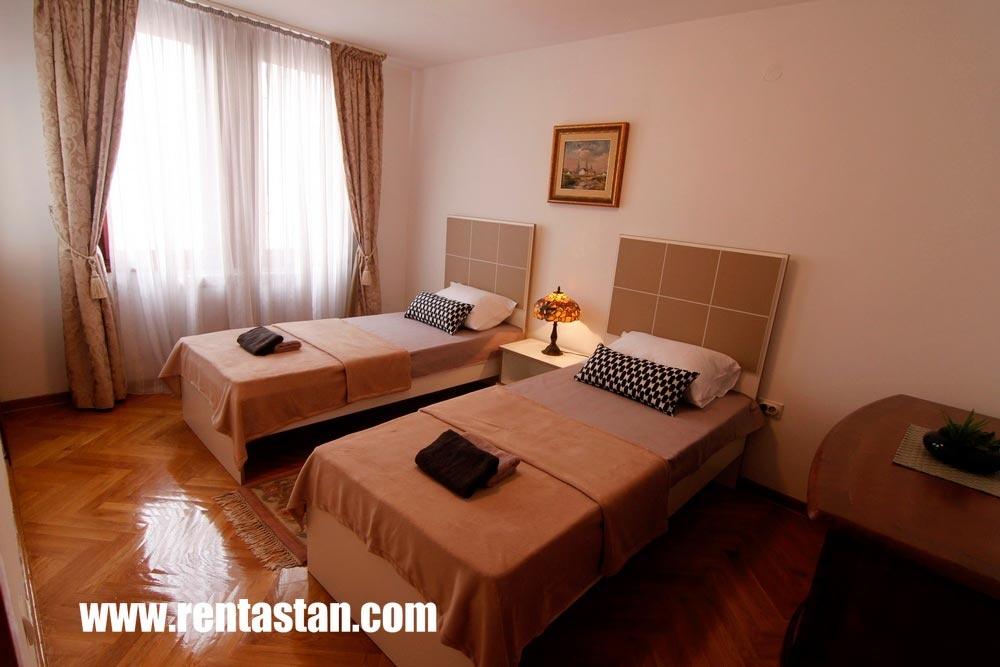 Spavaća soba apartman MONA strogi centar Beograd