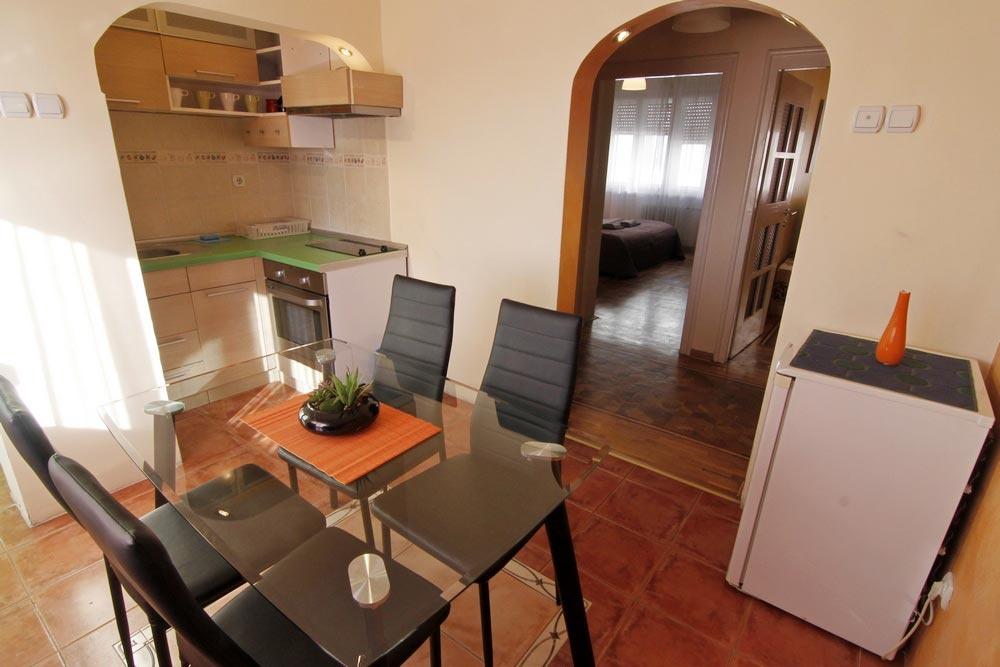 8-trpezarija-balkan-apartman-beograd-blgrade-apartments