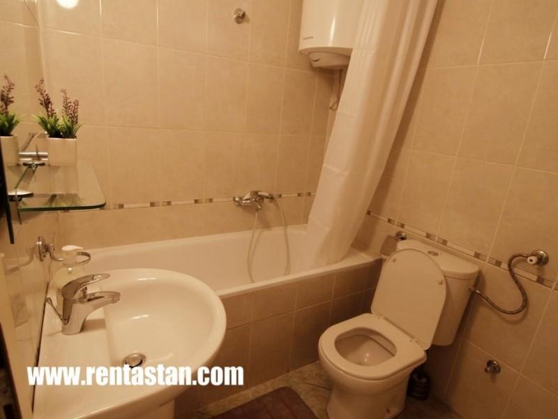 Stan na dan kod Arene Beograd - kupatilo