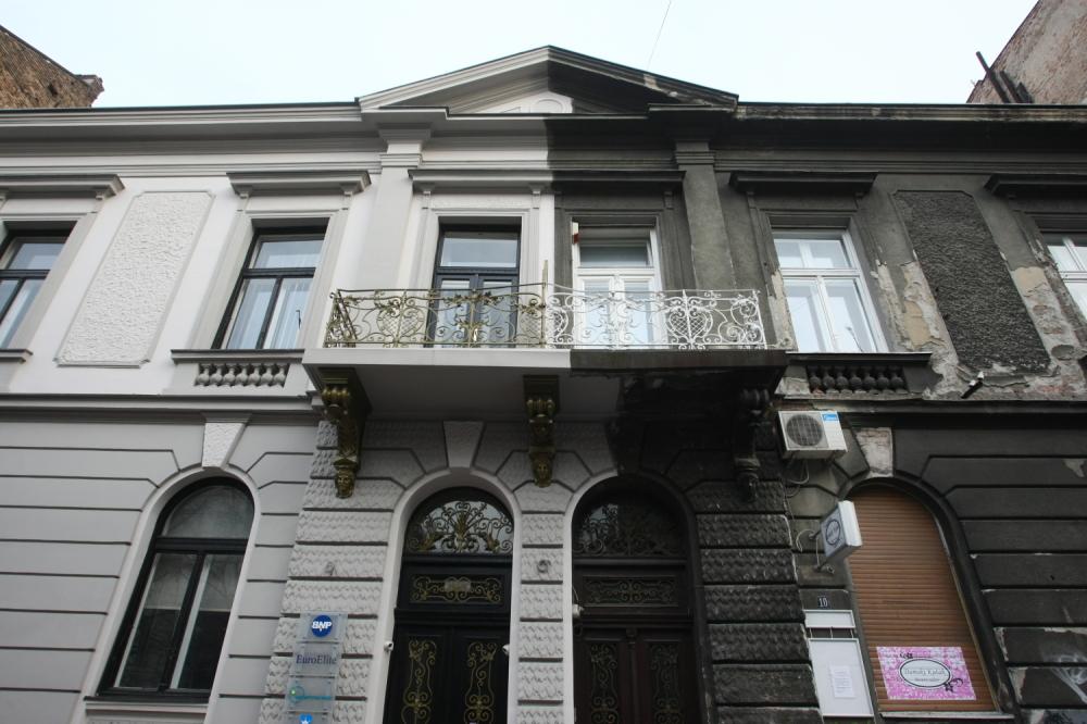 Pola-pola, Foto: Đ. Kojadinović Zgrada u Francuskoj 12