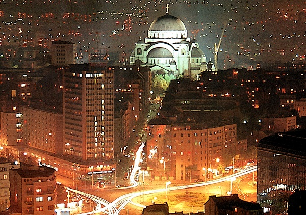 Trga slavija sa pogledom ka Vračaru - Foto Saigon 2004 (c)