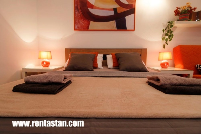 Apartment for a day near Republic Square - bed 4
