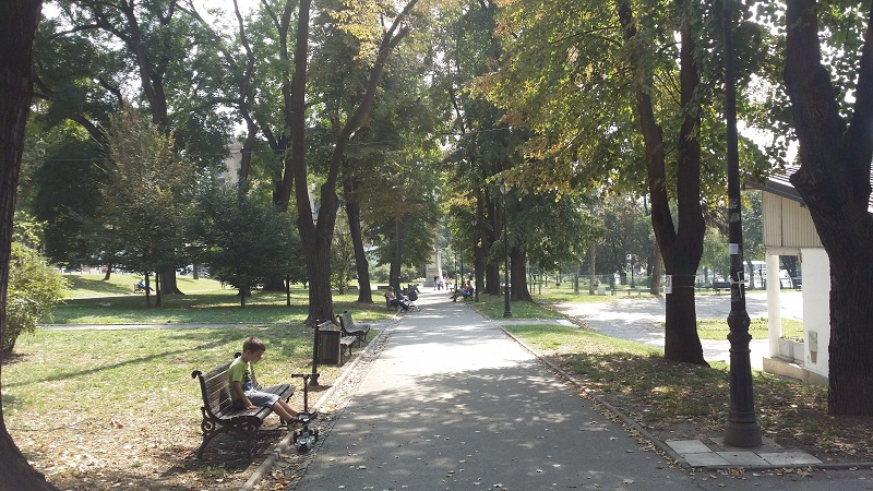 karadjordje-park-alley