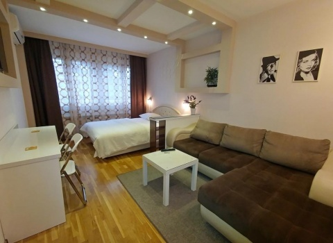 OASIS apartment New Belgrade, splavovi, hotel jugoslavija