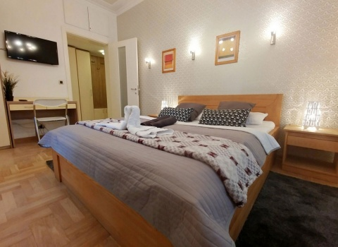 PALACE studio apartment Belgrade ,center